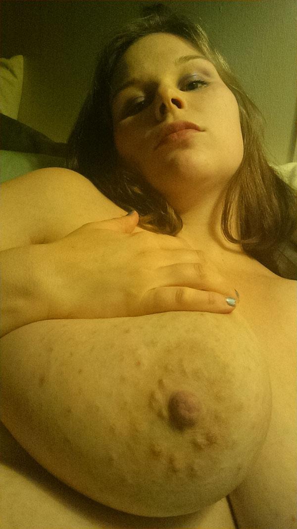 Willst Du meine Titten ficken?